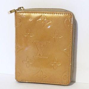 Louis Vuitton yellow vernis zip around wallet
